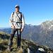 sulla dx sono visibili il monte Corchia e il Sumbra,lontano il monte Sagro...
