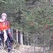 Tourinette mit Weihnachtsbaum nur wenige Schritte vor dem Gipfel