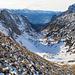 Etwas oberhalb vom Mutschensattel, Blick zur Teselalp. Es steht ein langer Abstieg durch das Teseltal bevor.