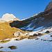 Bei der Chreialp. Auf dem weiteren Weg zur Zwingliplasshütte liegt nun öfters Schnee.