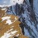 Tiefblick zum Grat zwischen Löchlibettersattel und dem Westlichen Fählenturm
