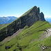 Blick zur Malunfurggel mit Chrummenstein. Aufstieg von hier auf den Chrummenstein wäre durch Kamin oder weiter links möglich. Sicher auch T6.