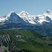 Eiger, Mönch, Jungfrau. Im Vordergrund Augstmatthorn und Suggiture.
