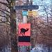 2. In Sichtweite des neuen Elefantengeheges vom Züri-Zoo steht dieser Wegweiser. Hier in die Sagentobelstrasse.