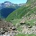 Blick zurück im Anstieg zum Geisspfadpass