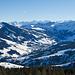 Sörenberg mit Titlis, Wendenstöck und anderen grossen Gipfeln im Hintergrund