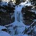 Große Eiszapfen am Wasserfall / grandi ghiaccioli alla cascata