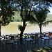 überall kleine Beizen am Ufer des Mekong
