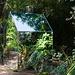 Spiegelhaus im Garten