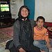 J3 - La maman de notre logeuse et l'un de ses petits enfants.