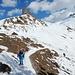 auf wenig Schnee zurück zur Chrüzhütte