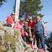 vier SAC-Sektionen sind vertreten auf dem Chrummhorn - und geniessen diese Tour bei bestem Wetter