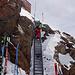 Aufstiegsleiter vom Skidepot zur Finsteraarhornhütte.
