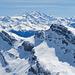 Der Pausenplatz von [u Stevo47] und Ingo bietet bereits eine spektakuläre Sicht zu den Wallisser 4000ern. Im Zentrum die Mischabelgruppe.