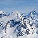 Zoom zum Rinderhorn. Rechts imposant das Bietschhorn.