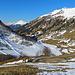 Rückblick in Richtung dem Parkplatz 6, heute sind auch viele Touren-Skifahrer unterwegs, ich war der einzige mit Schneeschuhen.