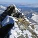 Der etwas tiefere Italiener Gipfel, der auch ein Kreuz hat