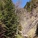 Kleiner Wasserfall, der während des Rückwegs passiert wird.