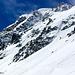 Abfahrt direkt vom Grat mit dem Snowboard