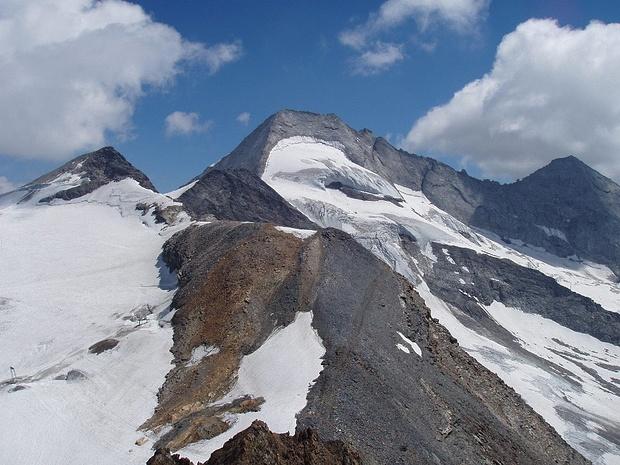 der viel höhere Olperer(3476m)
