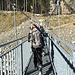 die ersten Meter geht's erst mal runter zur Hängebrücke