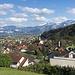 oberhalb des Dorfes