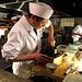 In diesem Kaiseki-Rastaurant werden die Speisen direkt vor den Gästen zubereitet.