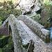 die bekannte Brücke in der Gorge de l'Aureuse