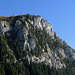Die markante Felswand der Musenalp.