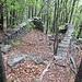 Eine der vielen namenlosen Ruinen zwischen Monzano und Bogo
