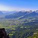 Blick ins Rheintal und zur Alvierkette