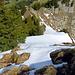 hier würde es weitergehen, eigentlich hatte ich vor, alles über den Grat zur Gmeinenwishöchi und bis zum Windenpass zu gehen, aber der tiefe und nasse Schnee machte mir ein Strich durch diese Rechnung, in den Schattenhängen liegt noch sehr viel Schnee, wäre es Hartschnee gewesen hätte ich die Tour hier fortgesetzt.