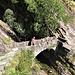 Il bellissimo ponte in pietra fra Archeggio e Brunescio.