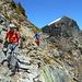 dalla Bocchetta della Riva, imbocchiamo una bella cengetta che, con tracce di sentiero, ci porta all'Alpe Stubiell