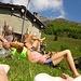 Chiara, Francesco. Corpi felici spaparanzati al sole. Si sognano birre fresche, eh!