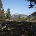 Au loin les Aiguilles de Baulmes devant  le Col de Grange Neuve (caché)