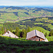 zwei Alphütten auf dem Dürrenspitzli