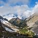 In mehr oder weniger direkter Linie steige ich nun weglos zur Alp Laub ab.