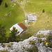Tielfblick zu den Alpgebäuden