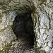 Schöne Felshöhle am Widderfeld