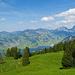 Aussicht zum Lauerzersee und zu den Mythen unweit von der Alp Egg aufgenommen