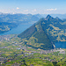 Schwyz (angeschnitten), Brunnen, Vierwaldstättersee und Lauerzersee