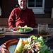 leckere Salate und leckeres Grillgut ist hier erhältlich