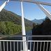 Blick von der Brücke flussaufwärts