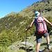 Il lungo traverso verso NW oer raggiungere la Forcula Biasagn