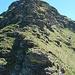 la Forcula Biasagn dalla cresta per il Pizzo Quadro: il sentiero aggira il torrione a sinistra