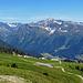 noch die letzten Meter bis zur Bergstation mit herrlicher Aussicht auf die andere Talseite uns zum Pischahorn
