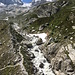 viel Schmelzwasser kommt vom Gletscher