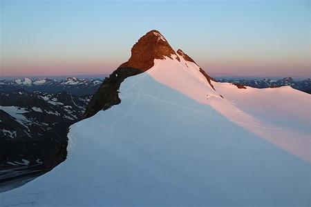 Gipfelflanke Zuckerhütl