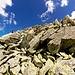 I camosci in risalita tra le grosse e tante volte anche instabili rocce